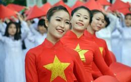 1.000 nữ sinh mặc áo dài xếp hình bản đồ Việt Nam