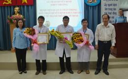 Khen thưởng BV Quận mổ thành công nữ bệnh nhân gãy chân kèm bệnh tim