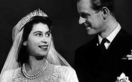 Chuyện tình cảm động 7 thập kỷ của Nữ hoàng Anh