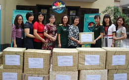 Phụ nữ Tập đoàn Viettel ủng hộ Mottainai 200 thùng đồ dùng