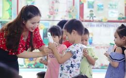 Nỗ lực thầm lặng của thầy cô vì niềm vui uống sữa của học sinh