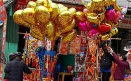 Người Hà Nội hối hả chuẩn bị đón giao thừa Mậu Tuất 2018