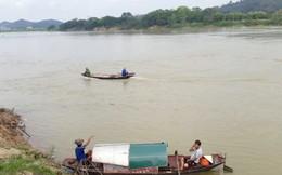 Nghệ An: Rủ nhau ra sông Lam tắm, 1 học sinh đuối nước
