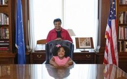 Bé gái đọc hơn 1.000 cuốn sách khi mới 4 tuổi
