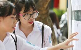 Tuyển sinh lớp 10 tại Hà Nội: 23/112 trường có điểm chuẩn từ 40 trở lên