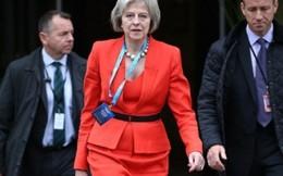 Chồng và... giày - hai tình yêu lớn của Thủ tướng Anh