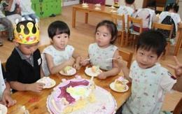 Mua bánh gửi cô làm sinh nhật con, chiều đến đón bánh còn nguyên, mẹ muối mặt biết lý do