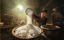 Bộ ảnh làng muối gần 150 tuổi giành giải Đặc biệt cuộc thi Hành trình Di sản 2020