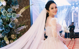 Ca sĩ Tân Nhàn bất ngờ kết hôn lần 2, giấu kín mặt chú rể
