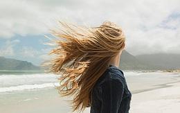 Thương người con gái tóc dài theo gió bay