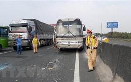 Tai nạn giao thông khiến 17 người chết, 14 người bị thương ngày 29 Tết