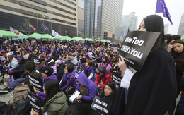 Phụ nữ Hàn Quốc gồng mình chống lại lạm dụng tình dục online