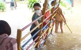 Nhiều địa phương ở Nghệ An bị chia cắt do mưa lớn