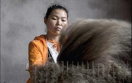"""Bên trong công xưởng """"vàng đen"""" ở Trung Quốc"""