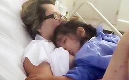 Mẹ hôn mê bất ngờ tỉnh lại vì con đòi bú
