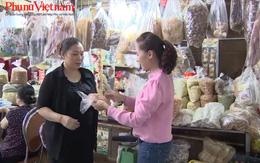An toàn thực phẩm: Từ trang trại đến bàn ăn đều có bàn tay của phụ nữ