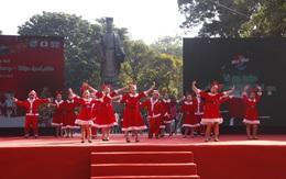 Sôi động màn hát múa Noel thiếu nhi tại Ngày hội Mottainai