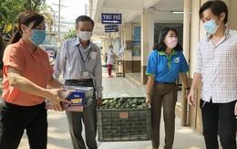 """TPHCM: Hội LHPN Quận 6 chuyển lương thực cho """"chiến trường"""" chống dịch Covid-19"""