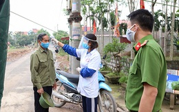 """Hàng xóm của bệnh nhân 251 ở Hà Nam: """"Bệnh sợ"""" còn nguy hiểm hơn bệnh tật"""