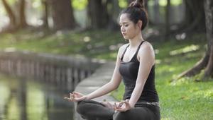 Tại sao thiền chỉ là ngồi một chỗ rồi hít thở mà có thể hỗ trợ chữa bệnh?