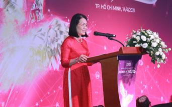 HAWEE LEADERS FORUM 2021: ỨNG BIẾN ĐỂ VƯƠN MÌNH