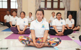 """Ngày Quốc tế Yoga 2021: Lan tỏa thông điệp """"Ở nhà tập Yoga vì sức khỏe"""""""