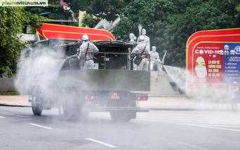 Sau hồ Gươm, Hà Nội tiếp tục phun khử khuẩn tại quận Đống Đa, Hoàng Mai và huyện Chương Mỹ