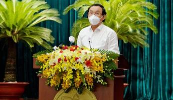 Bí thư TPHCM: Lực lượng chi viện chống dịch như những người lính cảm tử