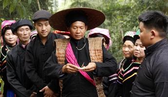 Niềm tin với thiên nhiên qua lễ cúng thần rừng của người Pu Péo