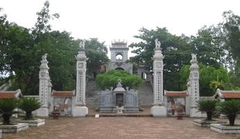 Thăm ngôi đền cổ thờ An Dương Vương