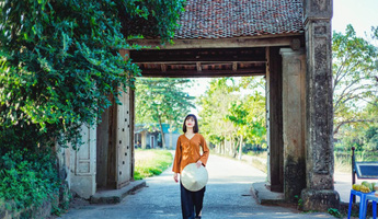 Hồn quê Việt qua những cổng làng