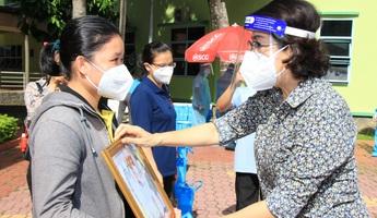 Các tình nguyện viên tôn giáo: Niềm vui là thấy sức khỏe bệnh nhân Covid-19 tiến triển mỗi ngày