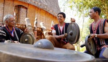 Nét văn hóa đặc sắc được bảo tồn hàng nghìn năm của người Ê Đê ở buôn Kô Sia