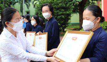 Tri ân các tình nguyện viên tôn giáo phục vụ tại bệnh viện điều trị Covid-19