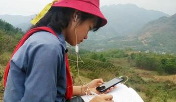 Nan giải việc dạy và học trực tuyến với học sinh vùng sâu, biên giới