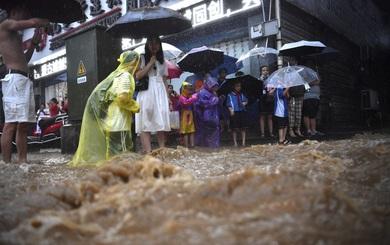 Lũ lụt ở Trung Quốc: Hơn 12 triệu người dân điêu đứng, thiệt hại hơn 3,6 tỷ USD