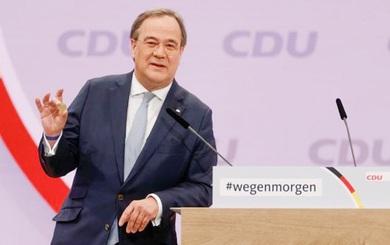 Đồng minh của bà Merkel thành ứng viên số 1 cho ghế Thủ tướng Đức