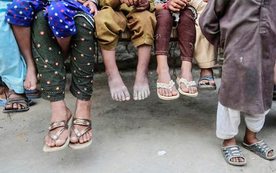 2 năm sau cuộc khủng hoảng HIV rúng động thế giới, nhiều người Pakistan vẫn ngập trong khó khăn