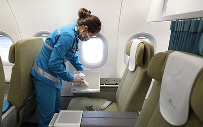 Một tiếp viên hàng không nhiễm COVID-19