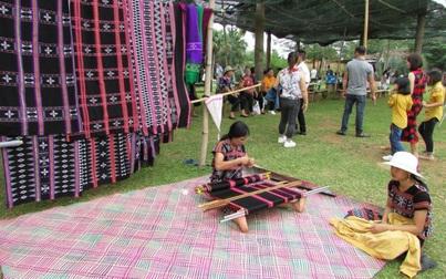 Nghề dệt thổ cẩm, nét đẹp văn hóa cổ truyền của đồng bào dân tộc thiểu số tỉnh Đắk Nông.