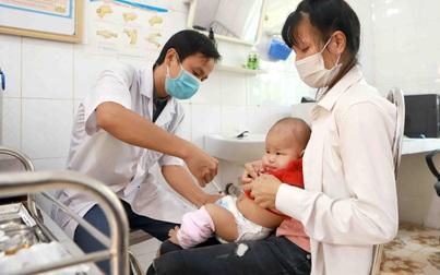 Tiêm bổ sung vaccine phòng bệnh bạch hầu cho 1 triệu trẻ 7 tuổi