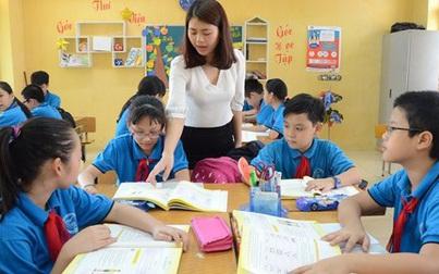 Tại sao Bộ GD&ĐT không thu học phí tiểu học nhưng phụ huynh vẫn phải đóng tiền học 2 buổi/ngày?