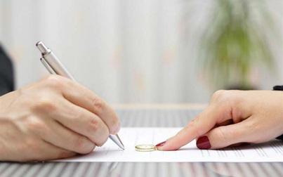 Chính quyền lên tiếng việc nữ giáo viên bị chồng đòi tiền ăn khi ly hôn