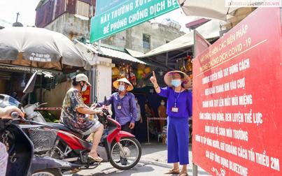 Người dân Hà Nội thích ứng nhanh với phiếu đi chợ