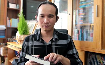 Nghệ sĩ khiếm thị Hà Chương học chữ nhờ cách dạy độc đáo của mẹ