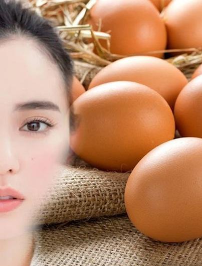 Áp dụng 5 cách làm mặt nạ trứng gà này, làn da muốn đen cũng khó