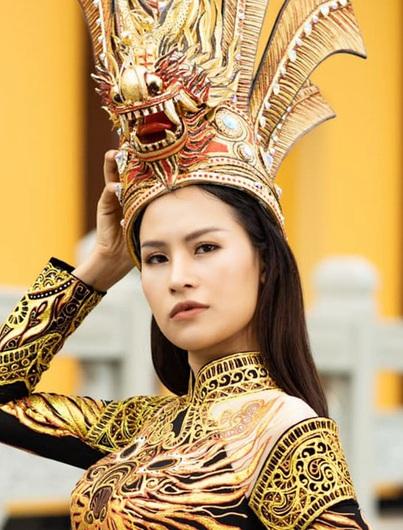 Áo dài Việt Nam thắng giải Trang phục dân tộc đẹp nhất tại cuộc thi Hoa hậu Trái đất 2020