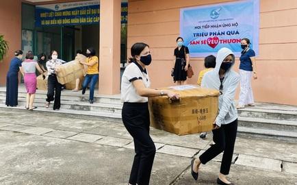 """Hải Dương: Hơn 1.400 suất quà """"san sẻ yêu thương"""" ủng hộ miền Nam"""