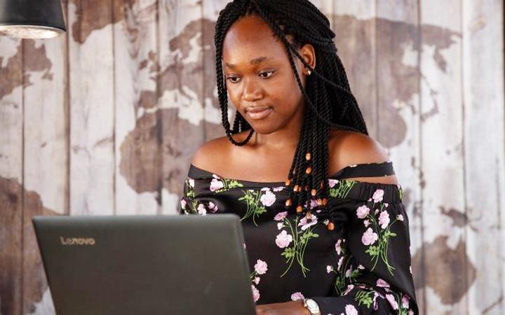 Người phụ nữ đầu tiên giành Giải thưởng châu Phi về đổi mới kỹ thuật