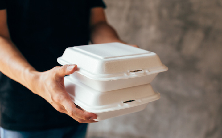 Hóa chất tổng hợp trong sản phẩm nhựa tiêu dùng có nguy cơ gây tử vong sớm